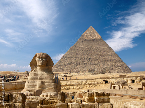 Fotobehang Egypte Sphinx and the Great pyramid in Egypt