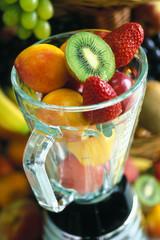 Frullatore con frutta