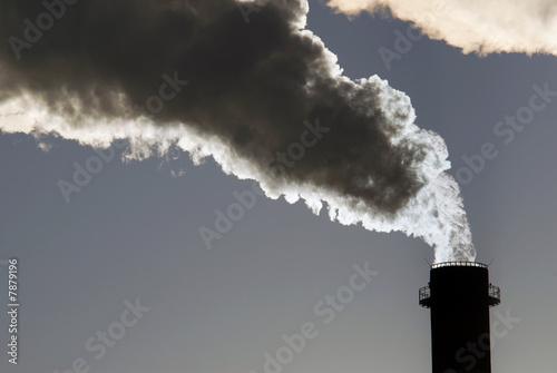 Niebezpieczne toksyczne chmury CO2