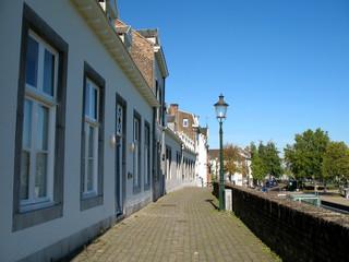 Onze Liewe Vrouwewal - Stadtmauer in Maastricht / Niederlande