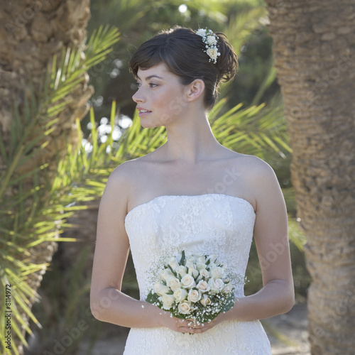 A bride holding her bouquet