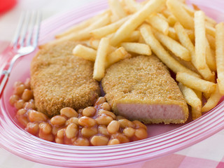 Breadcrumbed Meat with Baked Beans and Chips