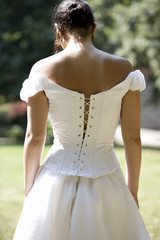 A bride, rear view