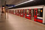 Fototapeta godzina - metro - Kolej