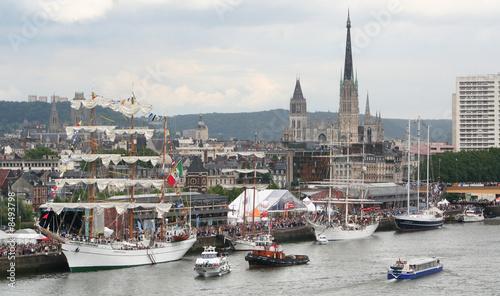 Leinwandbild Motiv Rouen pendant l'armada