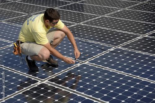 instalacja panelu słonecznego 1