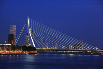 Erasmus bridge on Meuse river, Rotterdam at night