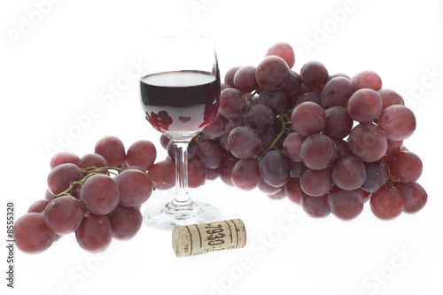 red grapes wine