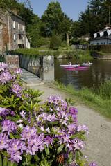 canoé sur rivière