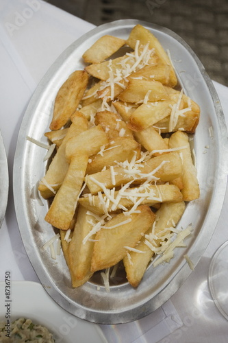French fries with grated cheese