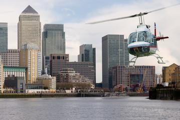 Helecopter Canary Wharf