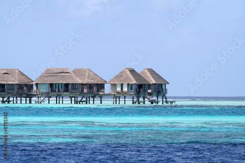 Maison sur pilotis aux maldives photo libre de droits - Maison sur pilotis maldives ...