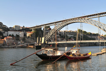 Boats and D. Luis bridge at Porto