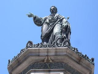 kaiser denkmal in der hofburg in wien österreich