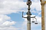 Symbole de la justice, épée et balance. Brésil. poster