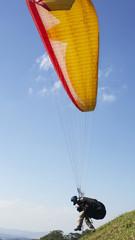 Start zu einem Paragliderflug