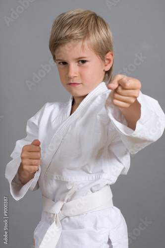 judoka judo enfant sport kimono combat photo libre de droits sur la banque d 39 images fotolia. Black Bedroom Furniture Sets. Home Design Ideas