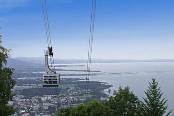 Bergbahn mit Blick auf den Bodensee