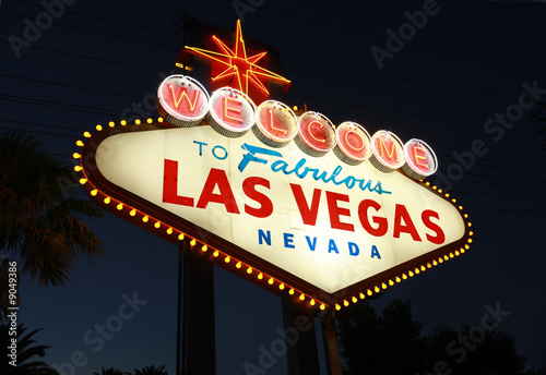 Foto op Canvas Las Vegas Welcome To Las Vegas neon sign at night