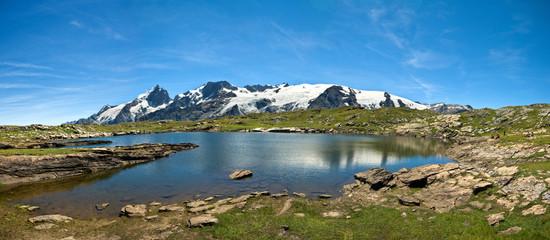 Lac Noir et la Meije  (plateau d'Emparis)