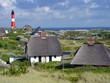 Leinwanddruck Bild - Leuchtturm Sylt Hörnum mit Häusern
