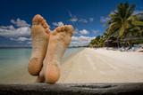 vacances tranquille détente repos pieds sable plage tropique poster