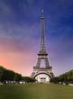 Le Tour Eiffel - Paris