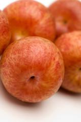 pluots pluot hybrid fruit plum apricot called dinosaur eggs
