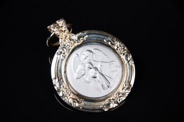 medalhão santo