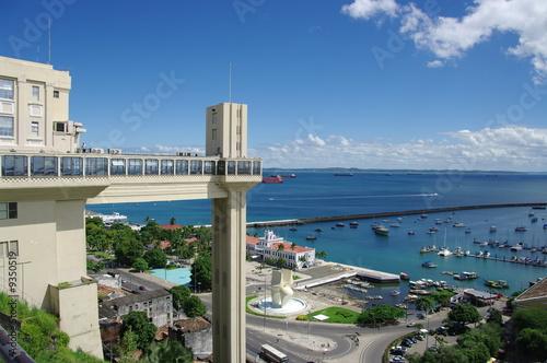 Ascenseur panoramique de Salvador de Bahia. Brésil.