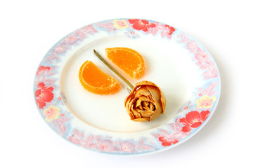 plate with marmalade and rose