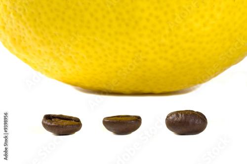 limone e chicchi di caffé