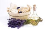 Fototapety Massageöl mit Lavendel