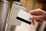 Fototapety badge sécurité accès entrée portillon détecteur identité magnéti
