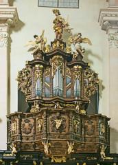 little baroque organ