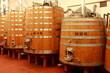 Holz Tank zur Weinveredelung, Weinkeller, Holztank, Holzfaß