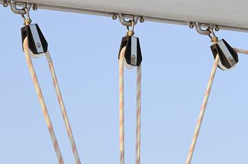 Barca a vela - bozzelli e corda