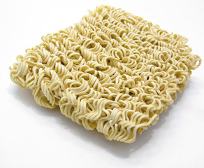 un-cooked noodlesn