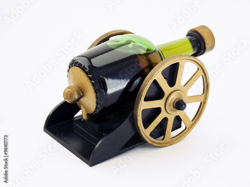 Cannon bottle