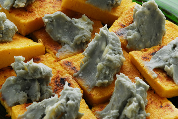 Crostini al gorgonzola - Antipasti Lombardia