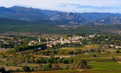village de ponpignan au pied des cevennes, sud de la france