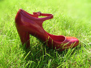 woman's red shoe