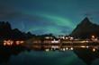 Polarlicht über Sakrisoy, Lofoten