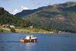 Boot auf dem Esefjord in Norwegen