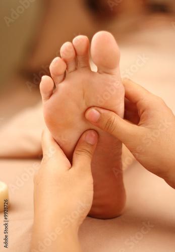 Leinwanddruck Bild reflexology foot massage