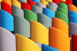 fauteuilles colorés