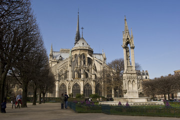 Blick auf die berühmte Pariser Kathedrale Notre Dame