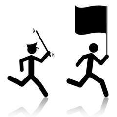 Inseguimento poliziotto-tifoso