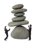 déséquilibre effort travail bascule effondrement tomber retenir poster