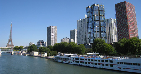 tours de beaugrenelle (Paris)